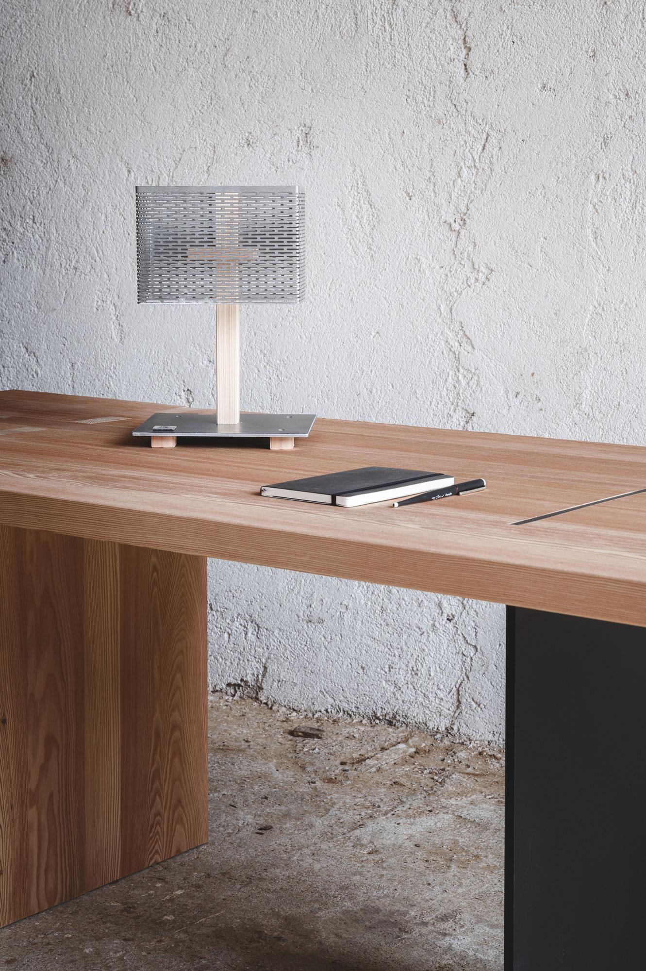 lum lampada da scrivania 2